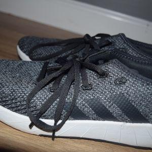 Size 8 Black Adidas athletic shoes